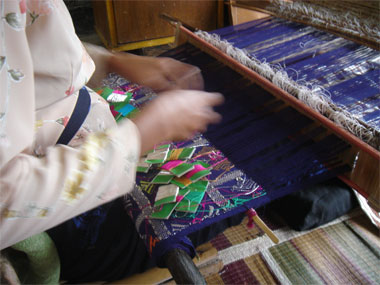 Weaving by Dayu Karang